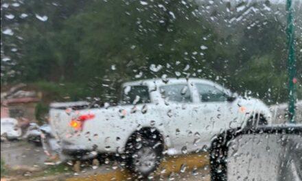 Dos accidentes en la carretera Xalapa-Coatepec, altura de Los Arenales