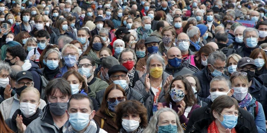 Nuevas medidas ante la pandemia Francia extiende toque de queda; supera el millón de contagios por COVID-19