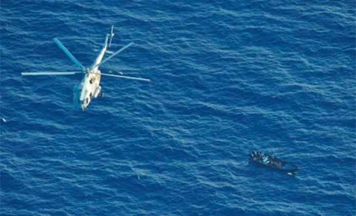 La SEMAR descubrió en Coatzacoalcos un barco petrolero que llevaba almacenados 60 mil barriles de PETRÓLEO CRUDO robados.