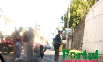 Accidente de tránsito sobre Circuito Presidentes esquina Obreros Textiles en Xalapa