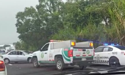 Carambola en la carretera Xalapa – Veracruz, a la altura de El Lencero
