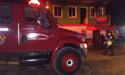 Se incendia casa en Tuzamapan