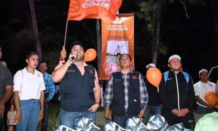 Inaugura Guillermo Herrada Torneo de Fútbol en el Municipio de Medellín de Bravo