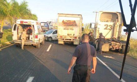 Accidente sobre la carretera Veracruz-Xalapa, a la altura de El Lencero