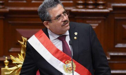 Manuel Merino anuncia su renuncia «irrevocable» a la presidencia del Perú