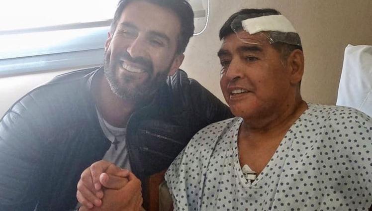 Murió Diego Armando Maradona a los 60 años Fuentes cercanas al ex futbolista confirmaron la noticia