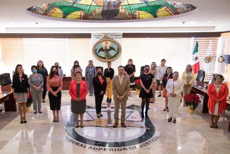 Un Poder Judicial fuerte, gracias a sus mujeres: Gobernador de Veracruz