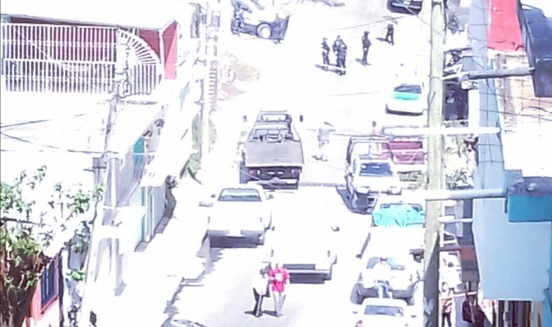 Localizan taxi abandonado en Xalapa, el conductor es buscado por su familia