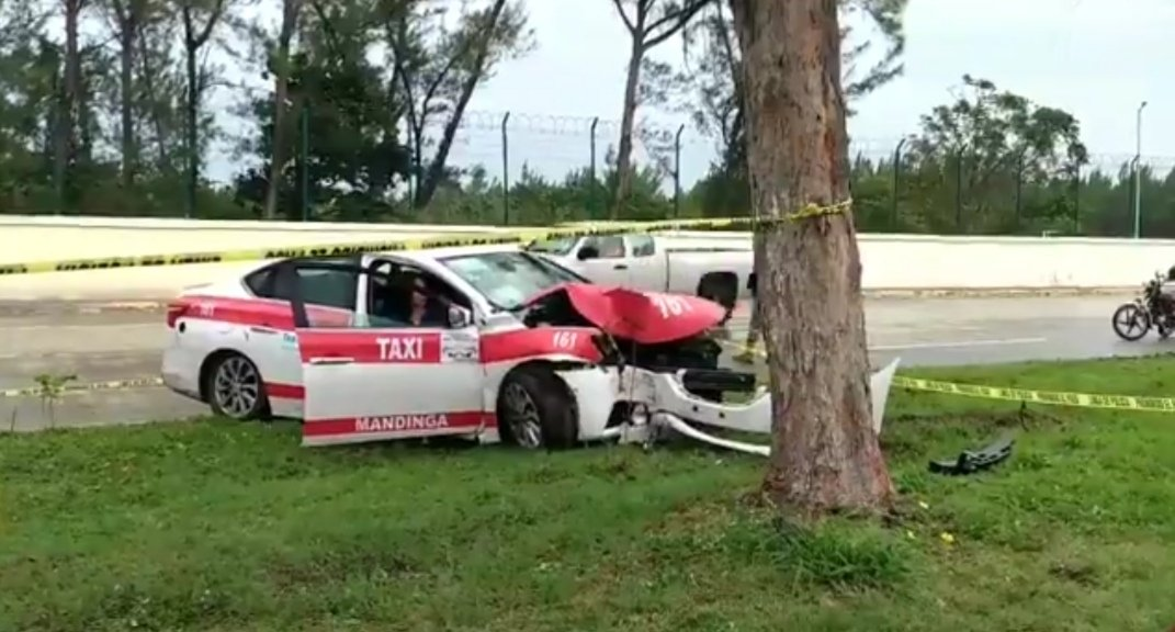 Fallece pasajera de taxi en accidente de tránsito sobre la avenida Fidel Velázquez en Veracruz