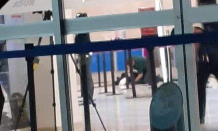 Se desvanece persona mientras esperaba su avión en el Aeropuerto Internacional de Oaxaca