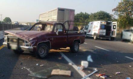 Accidente en la carretera Xalapa-Veracruz, tramo La Bocana-Tamarindo