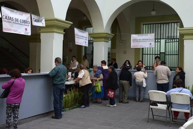 SUSPENDEN COBROS EN CAJAS DEL PALACIO MUNICIPAL DE XALAPA