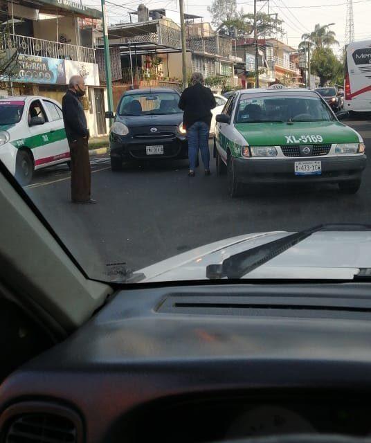 Accidente sobre la avenida Miguel Alemán, a la altura del Chopo