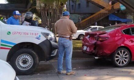 Accidente de tránsito sobre la Av. Lázaro Cárdenas, a la altura del Congreso del Estado