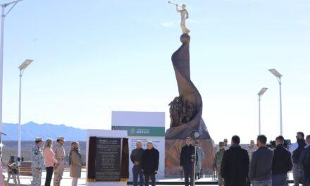 """Memoria de una tragedia"""": Honran con monumento memoria de las víctimas de las familias Langford y Miller"""