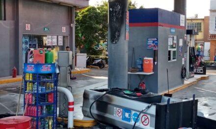 Se registra incendio en gasolinera en zona norte de Veracruz