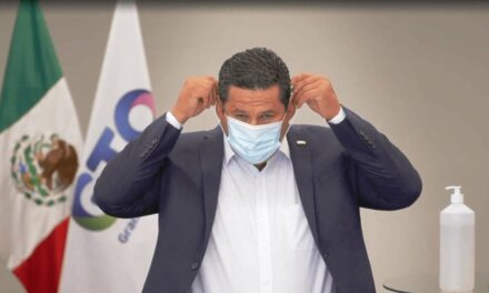 """De manera """"preventiva"""", hospitalizan a gobernador de Guanajuato, por Covid"""