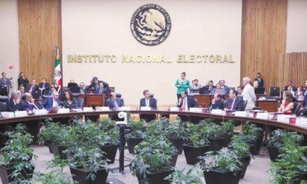 INE sanciona a partidos por más de 560 mdp