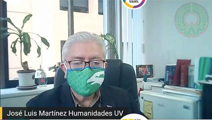 José Luis Martínez, director general del Área Académica de Humanidades UV, recordó que la colaboración con la FLM abarca más de una década