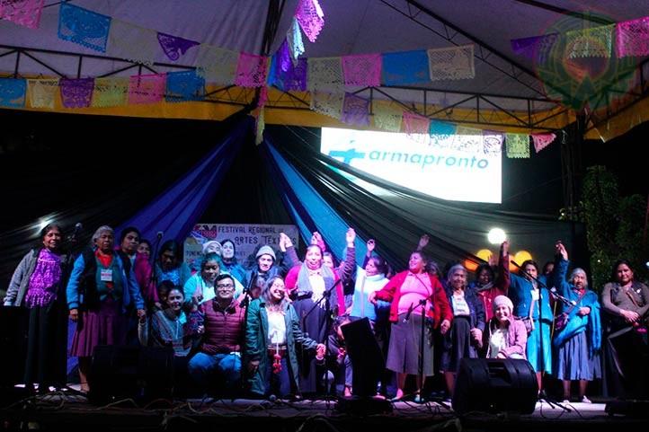 Gestaron en colectivo el Festival Regional de Artes Textiles