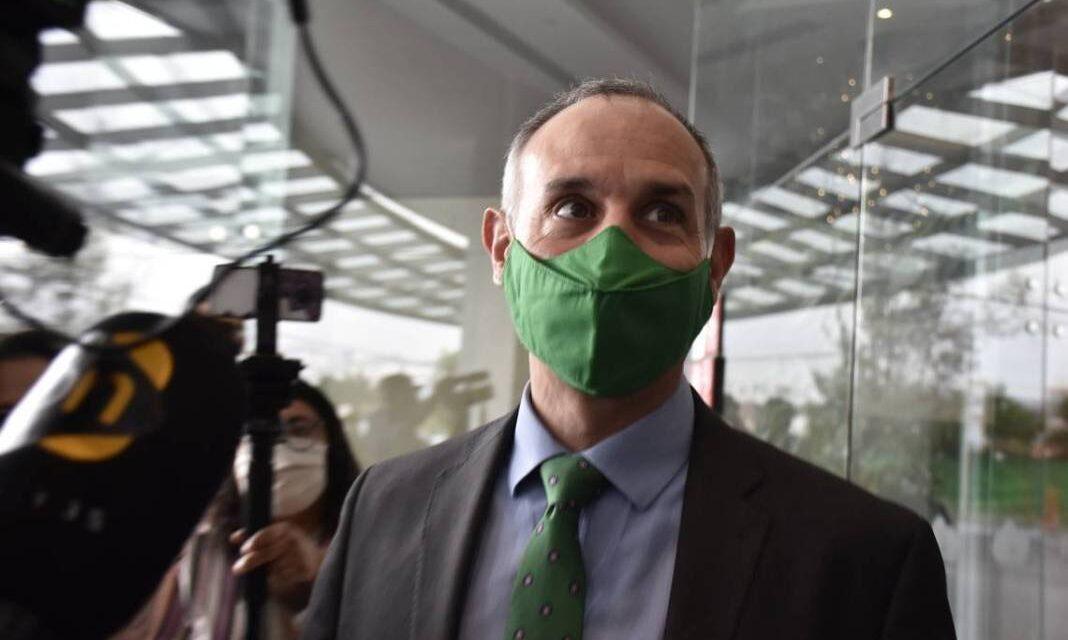 El subsecretario de salud López Gatell viaja a Argentina para evaluar vacuna rusa