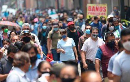 En las últimas 24 horas en México 15,873 nuevos contagios y 1,235 decesos