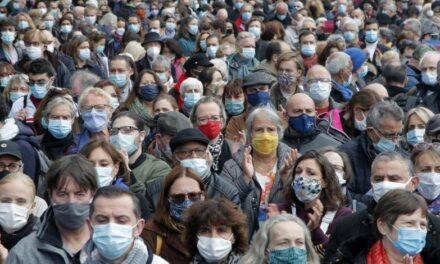 Mundo supera los 83.4 millones de contagios de COVID-19 en el inicio de 2021