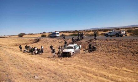 Muere oficial de la Guardia Nacional tras volcadura en Durango