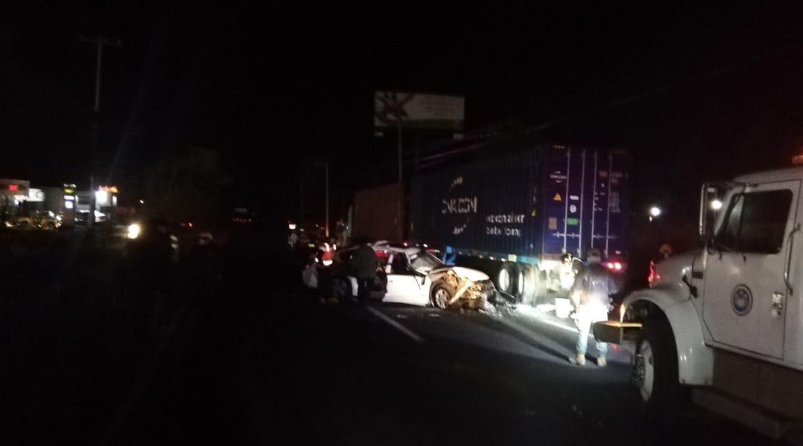 Durante la madrugada se registró un accidente en la carretera Xalapa – Veracruz.