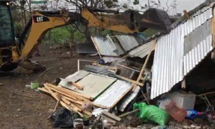 Desalojan a invasores de la Laguna Olmeca en Veracruz