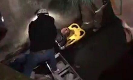 Persona de la tercera cae a canal de aguas negras en Xalapa