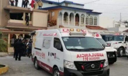Explosión en casa habitación, deja dos lesionados graves en Poza Rica