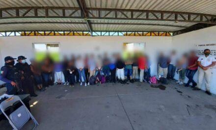 Resguarda SSP a 64 migrantes localizados en Minatitlán y Agua Dulce