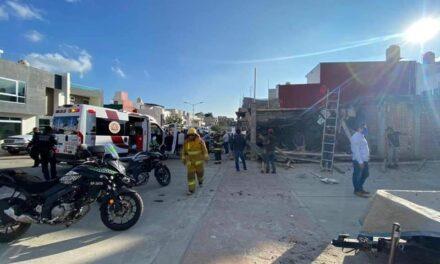 Se desploma estructura en fraccionamiento Los Cedros de Emiliano Zapata, se reportan dos lesionados .