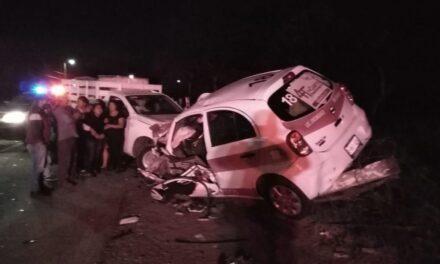 Fuerte accidente en la carretera Xalapa-Misantla, 2 personas fallecidas y 4 lesionados