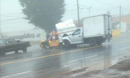 Accidente sobre la carretera federal Xalapa – Perote, a la altura de La Joya