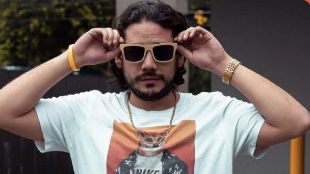 El influencer Ricardo González, conocido como Rix, fue detenido por agentes de la Policía de Investigación de la Fiscalía de la Ciudad de México