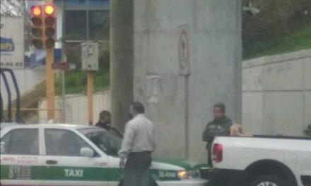 Accidente de tránsito sobre la avenida Murillo Vidal, esquina Circuito Presidentes, Xalapa