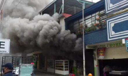 Se incendia panadería en el centro de Tlapacoyan