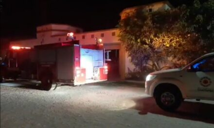Se incendia residencia en el fraccionamiento San Pedro de Coatepec