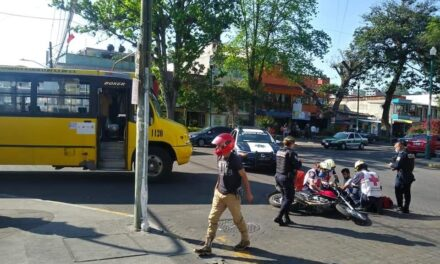 Motociclista lesionado en la avenida Venustiano Carranza, Xalapa