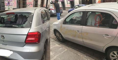 """Feministas poblanas hacen """"vaquita"""" para pagar los daños que causaron a carros en el 8M, juntaron 4 mil pesos"""