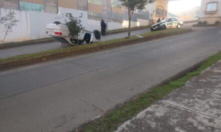 Fuerte accidente en el fraccionamiento Las Fuentes en Xalapa