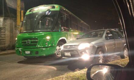 Se registra accidente sobre la avenida Rébsamen, a la altura de Xalapa 2000