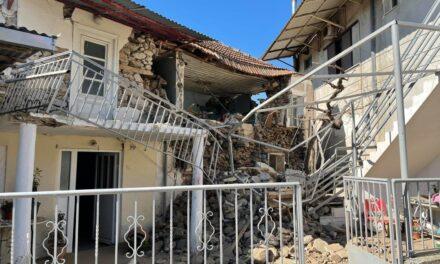 Video: Un fuerte sismo de 6.3 sacude Grecia este miércoles