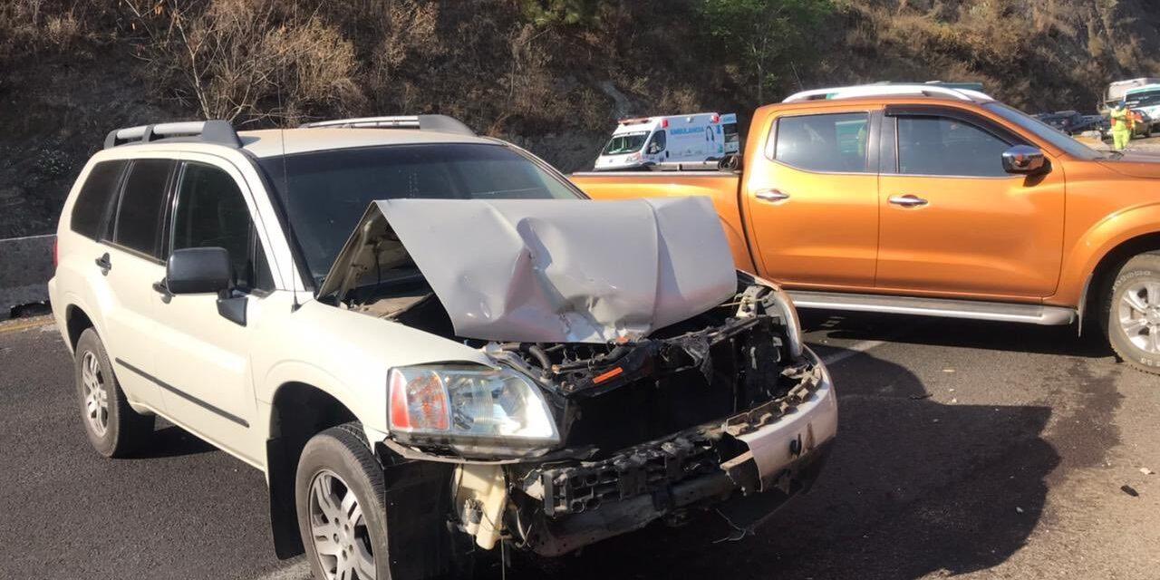 Se registra carambola en la Morelia-Pátzcuaro, 8 vehículos involucrados y varios heridos