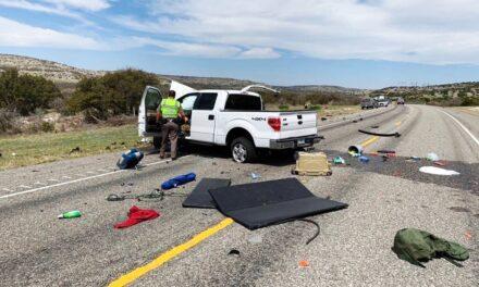 Texas: Ocho inmigrantes mueren en choque de camionetas tras persecución policial