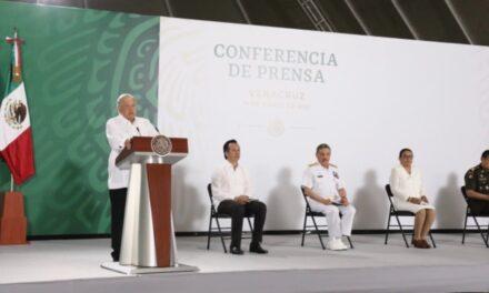 Veracruz contemplado para vacunación de maestros: AMLO