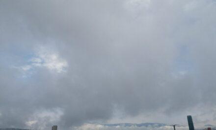 En las próximas 24 horas se prevé persista la probabilidad de nieblas, lloviznas y lluvias ligeras-aisladas especialmente en regiones montañosas