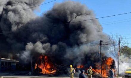 Ataque en Tecate deja dos muertos y el incendio de una llantera